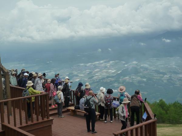 八ヶ岳展望台より富士見町・八ヶ岳の展望