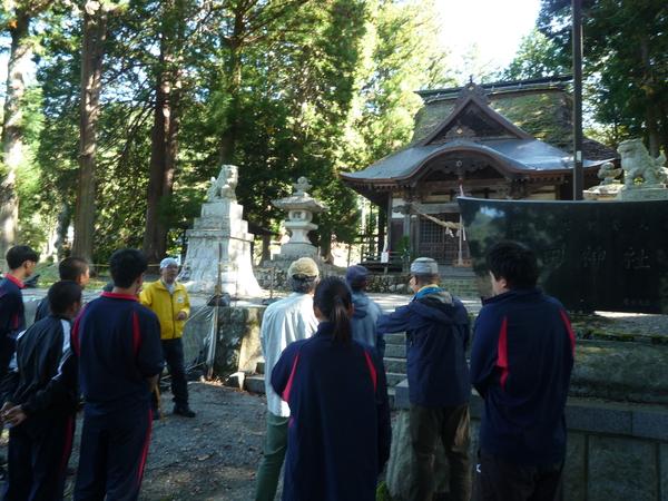 秋葉街道沿いの史跡熱田神社