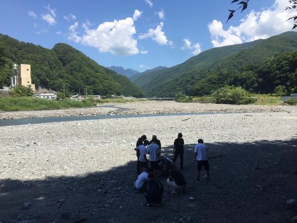 (第三回)河原で石ころ観察